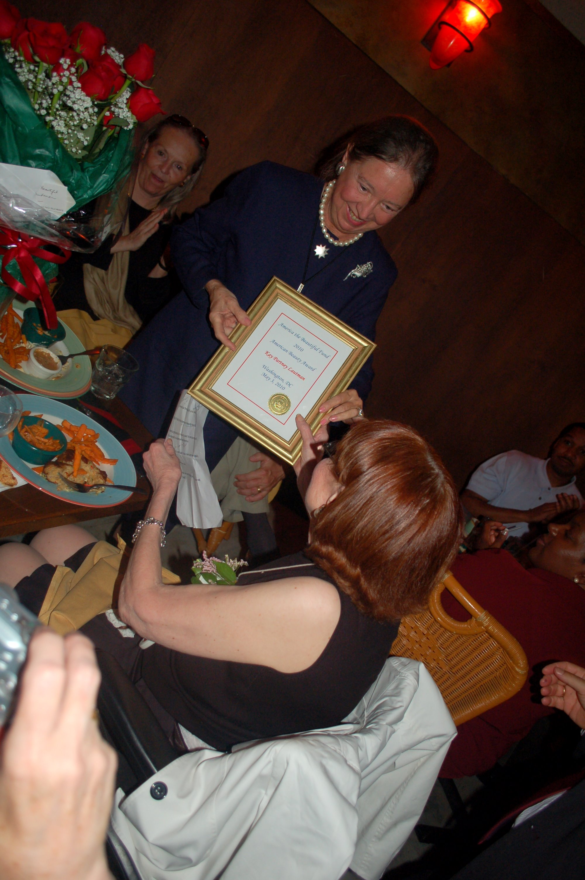 05-2010-nanine-1-presents-award-to-kay.jpg